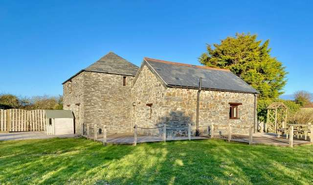3 Bedrooms Detached House for sale in Rock