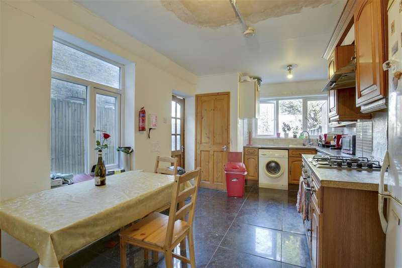 3 Bedrooms Terraced House for sale in Keogh Road, Stratford, London , E15 4NT