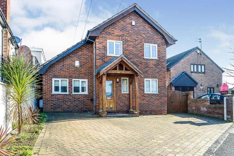 5 Bedrooms Detached House for sale in Clwyd Avenue, Prestatyn, Denbighshire, LL19