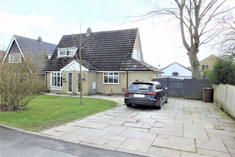 4 Bedrooms Detached House for sale in Lockfield Drive, Barnoldswick, Lancashire, BB18