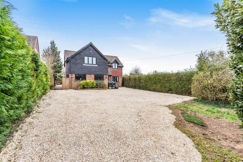 5 Bedrooms Detached House for sale in Chineham Lane