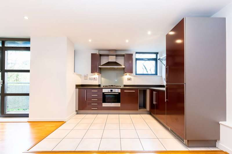 2 Bedrooms Flat for sale in Scott Avenue, Putney, SW15