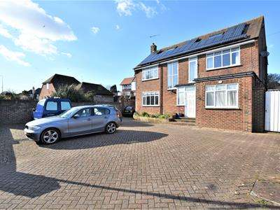 5 Bedrooms Detached House for sale in De La Warr Road, Bexhill-On-Sea