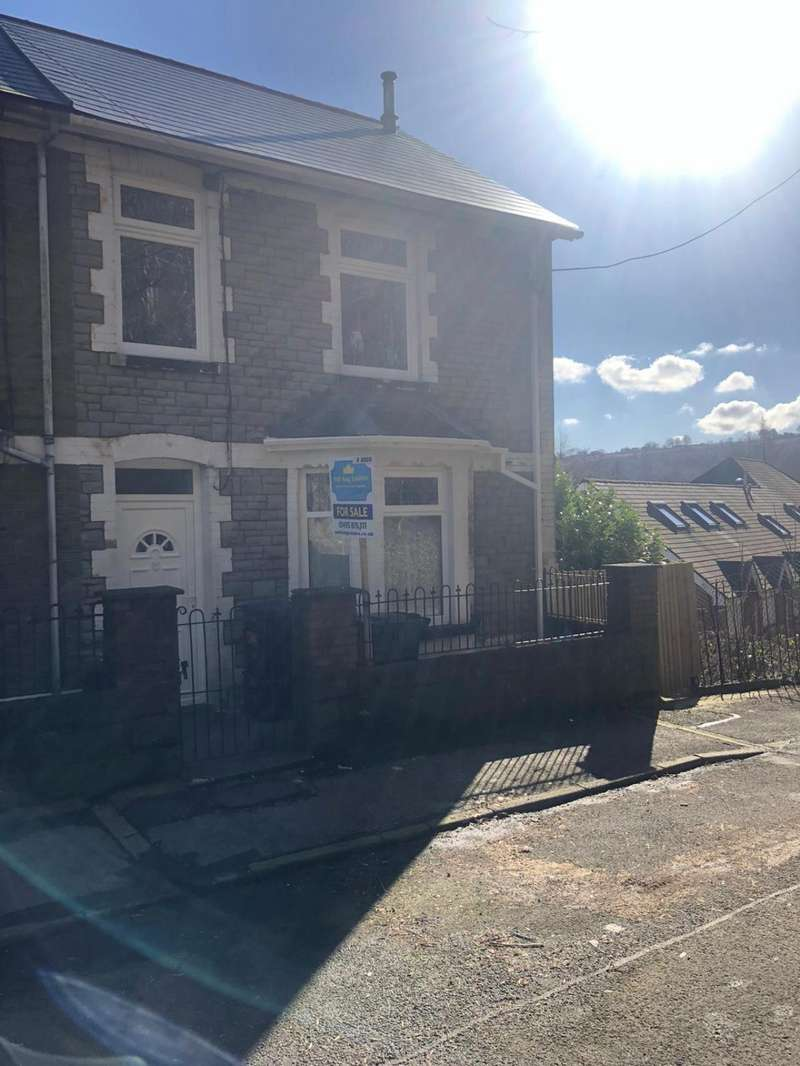 5 Bedrooms End Of Terrace House for sale in 1 Woodland Terrace, Aberbeeg