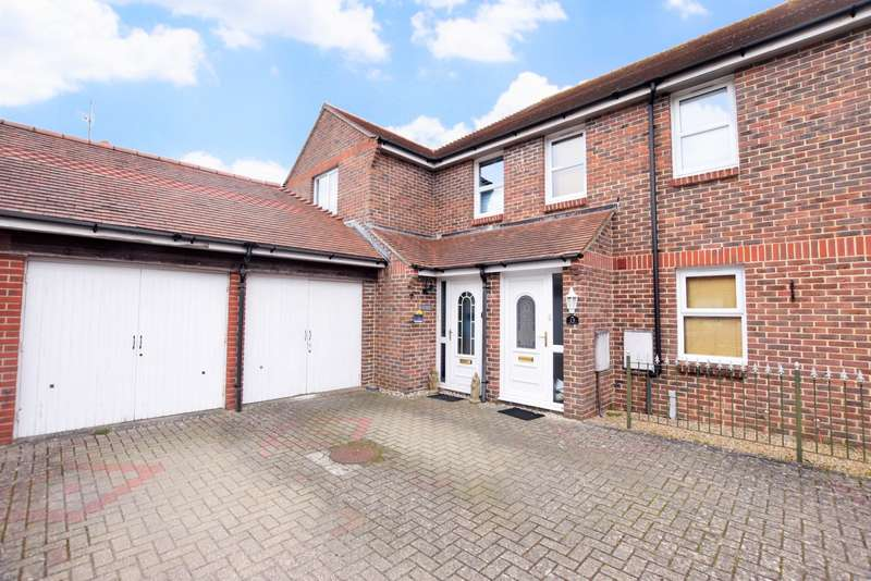 4 Bedrooms End Of Terrace House for sale in Preston