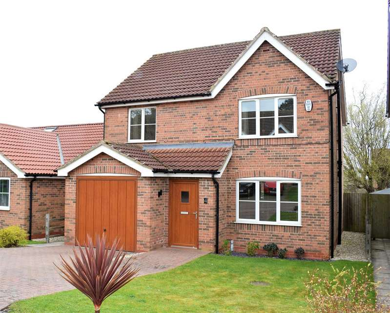 4 Bedrooms Detached House for sale in Archers Close, Wrawby