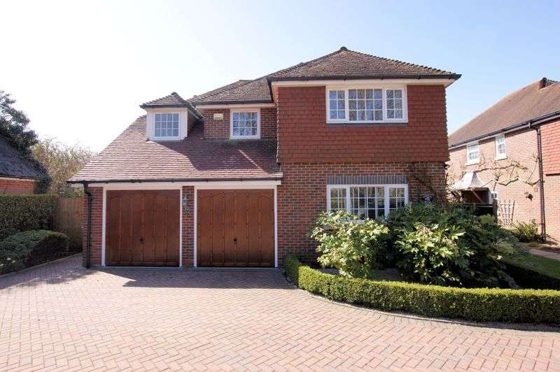 4 Bedrooms Property for sale in Southwick Road, North Boarhunt
