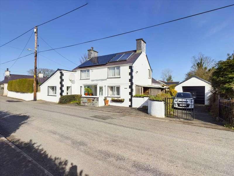3 Bedrooms Detached House for sale in Tyn Llan, Llanddaniel
