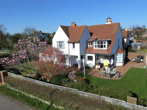 4 Bedrooms Detached House for sale in Drakes Avenue, Exmouth, Devon