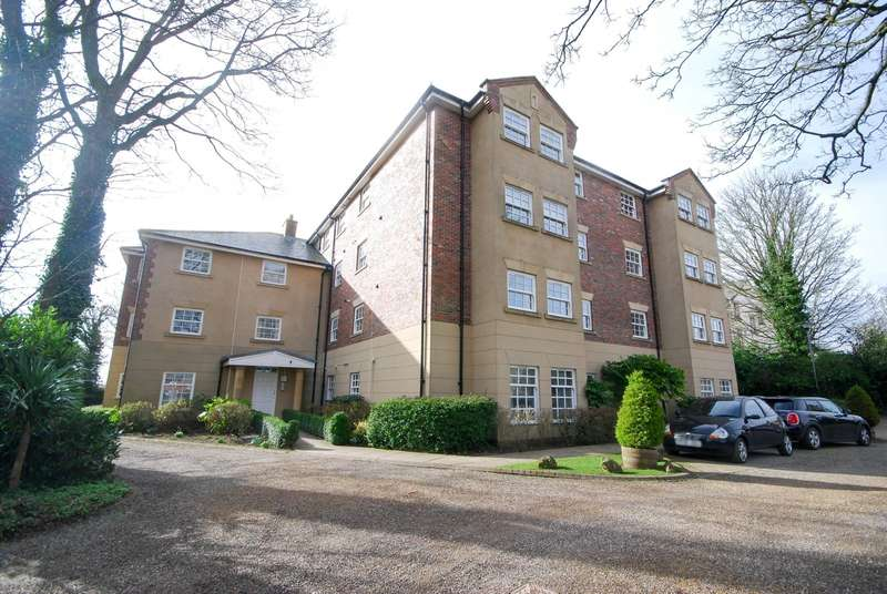 2 Bedrooms Apartment Flat for sale in Shotley Grove, East Boldon