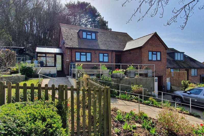 4 Bedrooms Bungalow for sale in Bridport