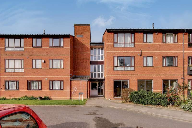 1 Bedroom Flat for sale in Mayo Court, Ealing, W13