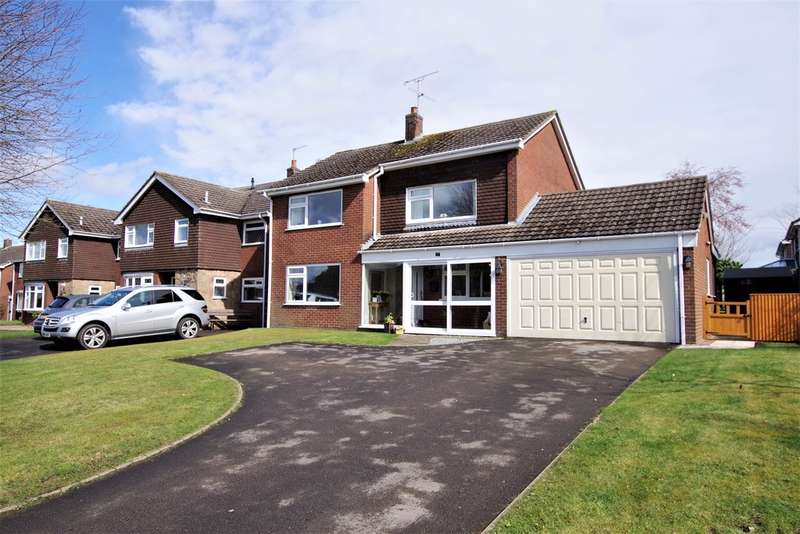 4 Bedrooms Detached House for sale in Leigh Lane, Bramshall