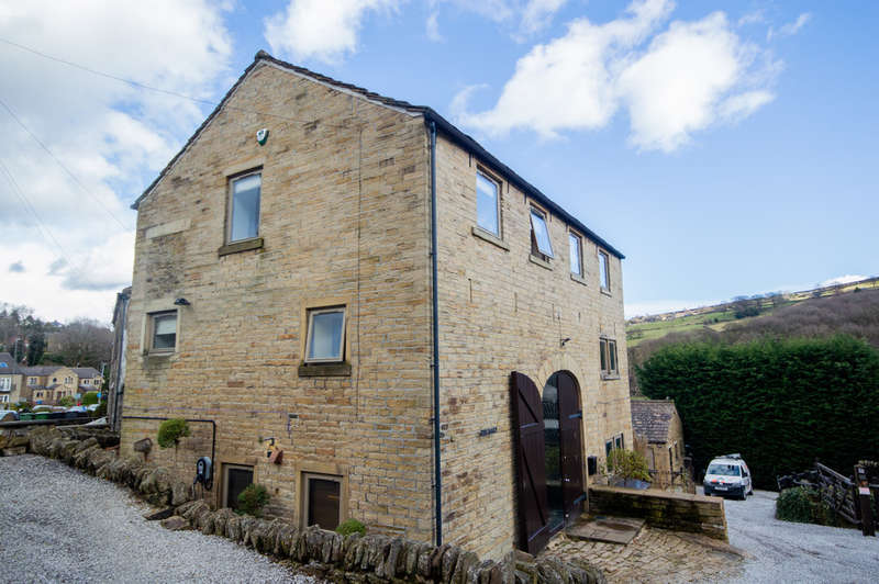 4 Bedrooms Unique Property for sale in Woodhead Road, Holmfirth