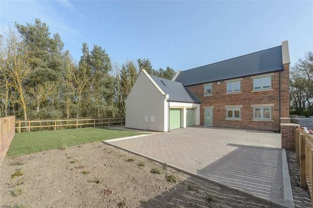 4 Bedrooms Detached House for sale in Oystercatcher Barn, Whitefield Farm Barns, Hadston, Northumberland