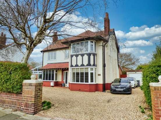 Detached House for sale in Anchorsholme Lane East, Thornton-Cleveleys, Lancashire, FY5 3PE