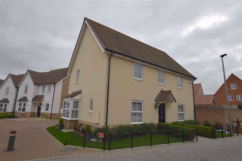 4 Bedrooms Detached House for sale in Stoneham Road, Stanford Le Hope, Essex