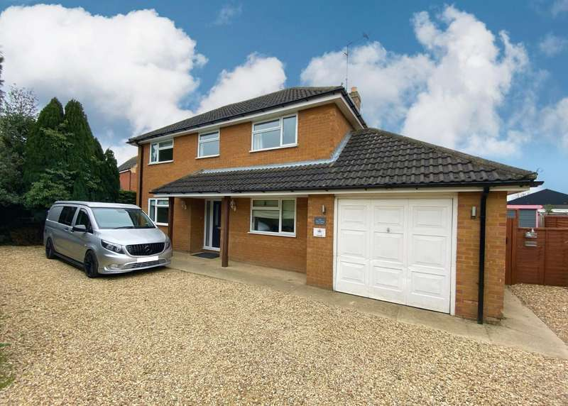 4 Bedrooms Detached House for sale in Manning Road, Bourne