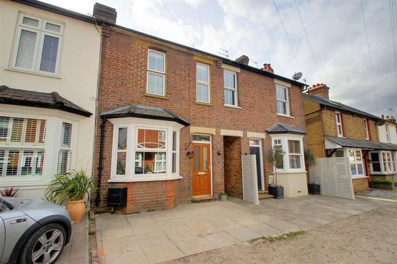 3 Bedrooms Terraced House for sale in Alexandra Road, Chipperfield, Kings Langley