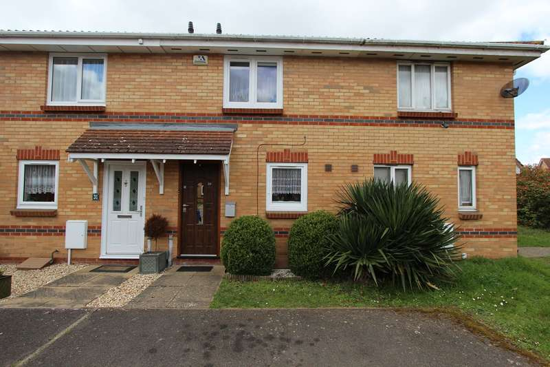 2 Bedrooms Terraced House for sale in Bluebell Close, Bedford, MK42