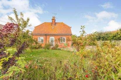 3 Bedrooms Detached House for sale in Binham, Fakenham, Norfolk