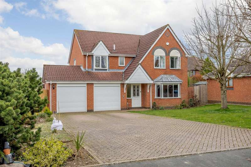5 Bedrooms House for sale in Almond Way, Lutterworth, Leicestershire