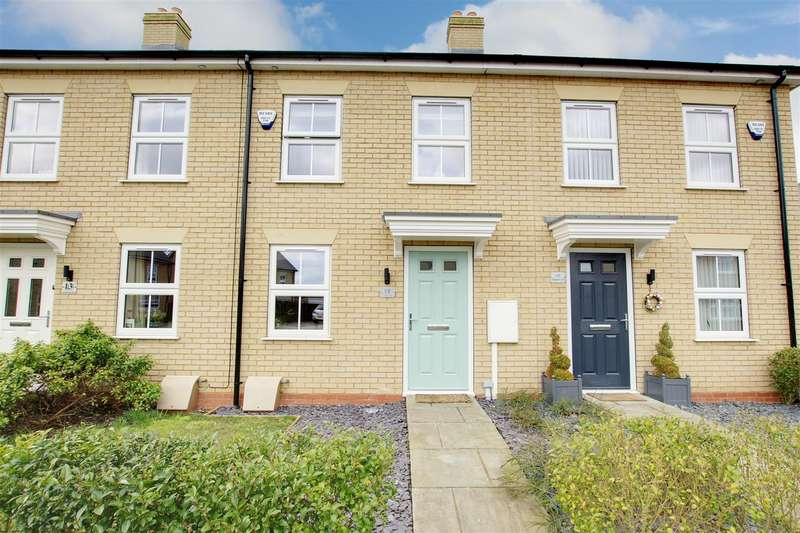 2 Bedrooms Terraced House for sale in Wallaces Yard, Alford