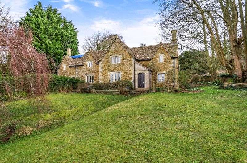 4 Bedrooms Property for sale in Wick Lane, Stinchcombe