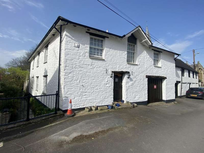 4 Bedrooms Semi Detached House for sale in Old Braunton