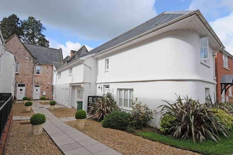 2 Bedrooms Flat for rent in Fleming Way St Leonards Exeter Devon