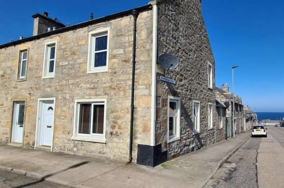 3 Bedrooms Detached House for sale in Queen Street, Lossiemouth