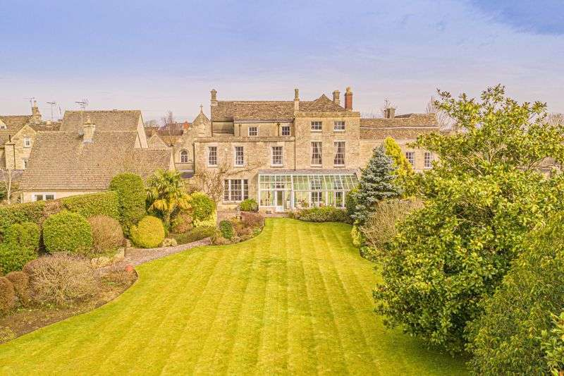 7 Bedrooms Property for sale in The Green, Tetbury
