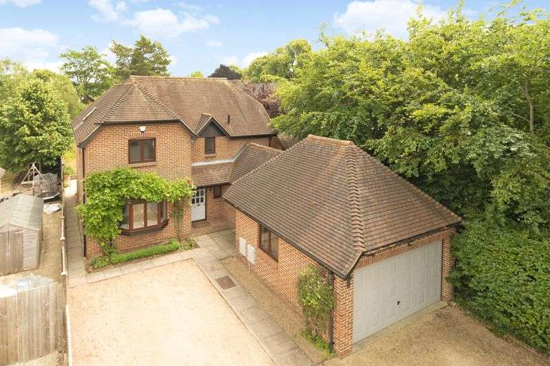4 Bedrooms Property for sale in 57 Oxford Road, Abingdon