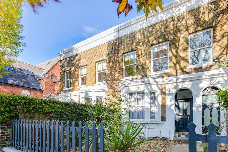 2 Bedrooms Flat for rent in Stamford Brook Road - First Floor Flat, London