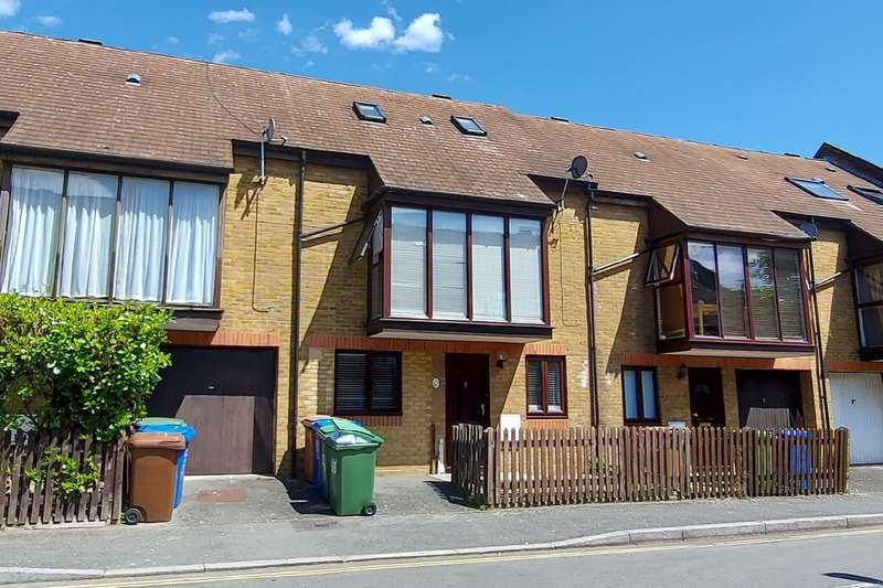 6 Bedrooms Terraced House for sale in Canon Beck Road, Rotherhithe
