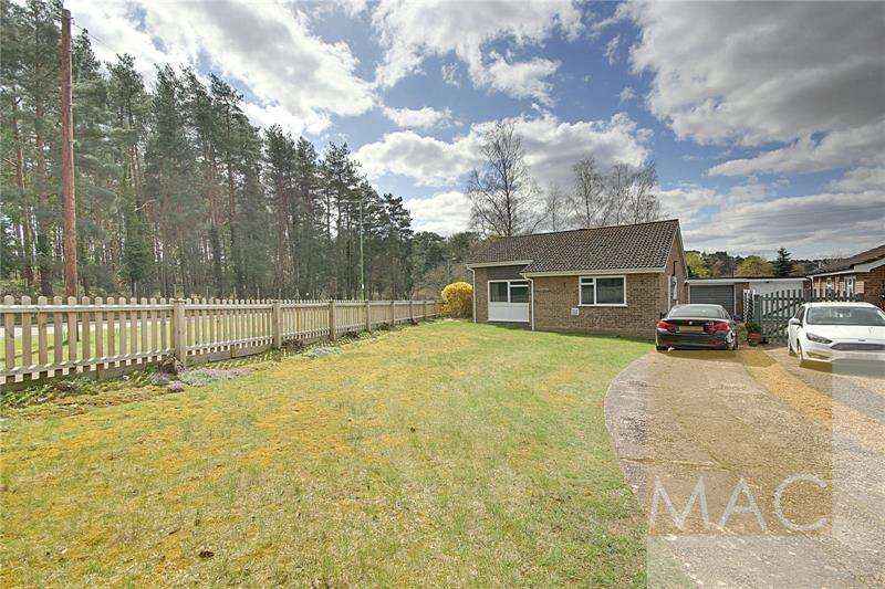 2 Bedrooms Bungalow for sale in Falcon Drive, Brandon, IP27
