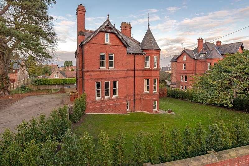 6 Bedrooms Detached House for sale in Beechwood, 68 Middlecave Road, Malton YO17 7NE