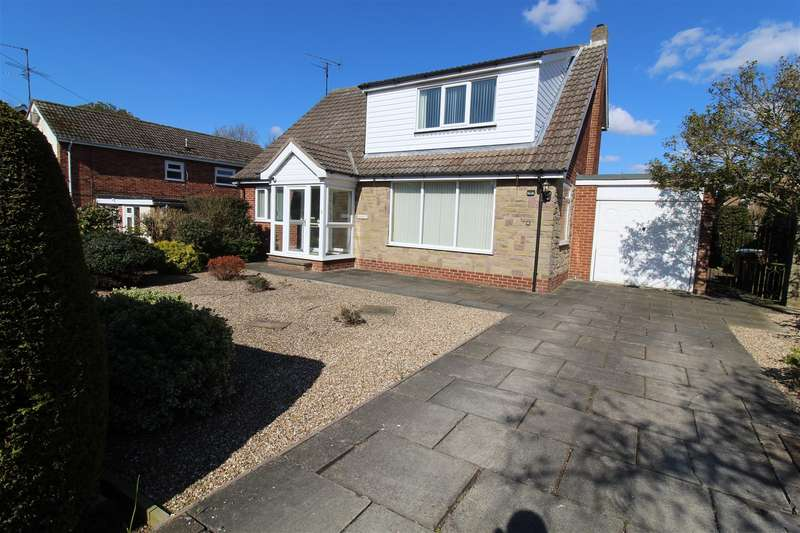 4 Bedrooms Detached House for sale in Ashcourt Close, Hornsea