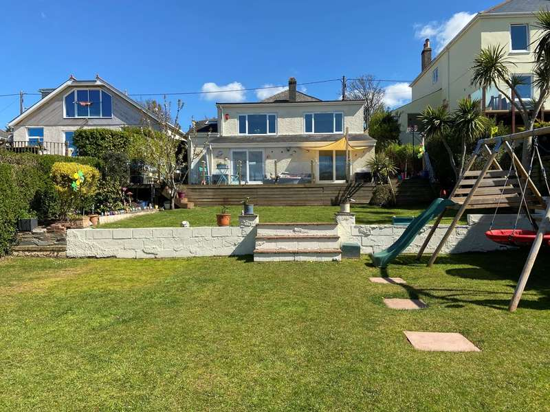 5 Bedrooms Detached House for sale in Radford Park Road, Plymstock, Plymouth, Devon, PL9 9DX
