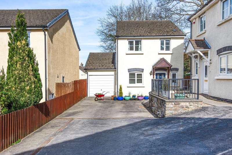3 Bedrooms Detached House for sale in Clydach South, Abergavenny, NP7