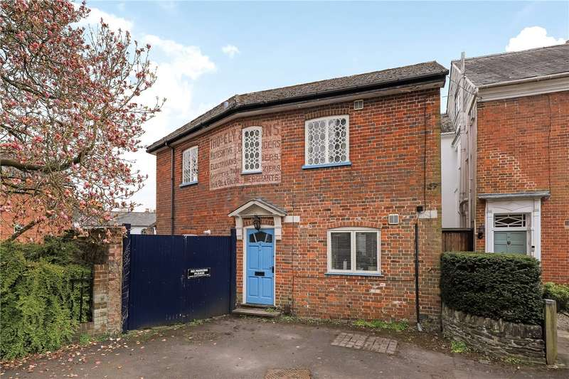 2 Bedrooms Detached House for sale in Abbey Water, Romsey, SO51