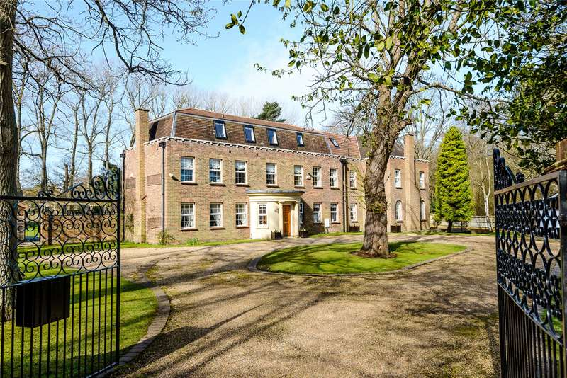 7 Bedrooms Detached House for sale in Coombe Lane, Ascot