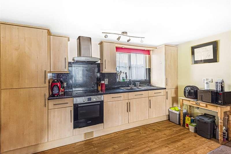 1 Bedroom Parking Garage / Parking for sale in Tanglewood Way, Chalford, Stroud, GL6