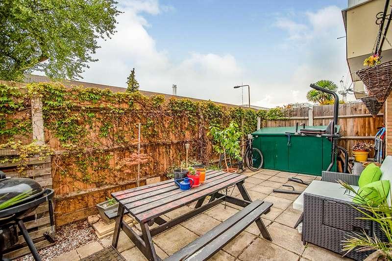 1 Bedroom Apartment Flat for sale in Warlingham House, Varcoe Road, London, SE16