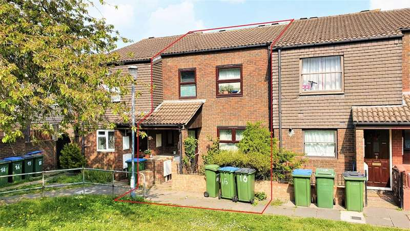 4 Bedrooms Terraced House for sale in Jim Bradley Close, Woolwich SE18.