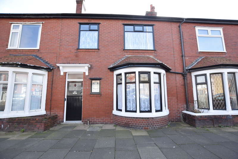 3 Bedrooms Terraced House for sale in Highfield Road, Blackpool