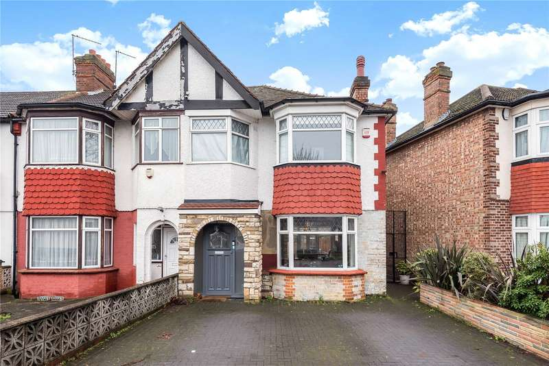 3 Bedrooms End Of Terrace House for sale in Connaught Gardens, Palmers Green, London, N13