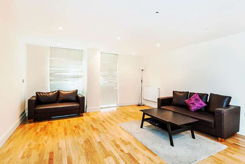 3 Bedrooms Flat for sale in Indescon Square, LONDON, E14 9EZ