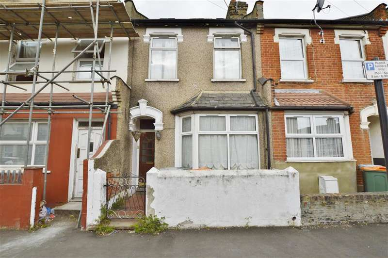 3 Bedrooms Terraced House for sale in Gooseley Lane, East Ham, London, E6 6AW