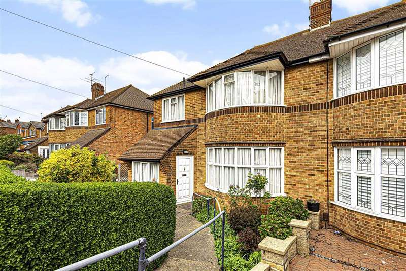 3 Bedrooms Semi Detached House for sale in Southover, Woodside Park, London